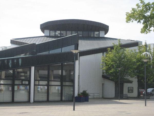 Die Bonhoeffer-Kirche am Westhagener Markt
