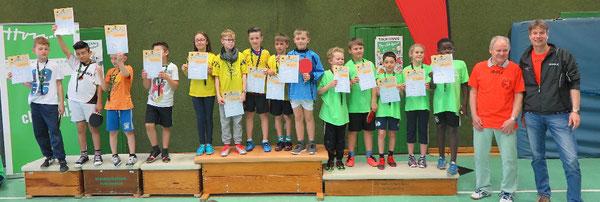 Die Siegerteams der dritten Klassen: Bunte Grundschule (von links), Grundschule Fallersleben, Grundschule Schunterwiesen-Heiligendorf