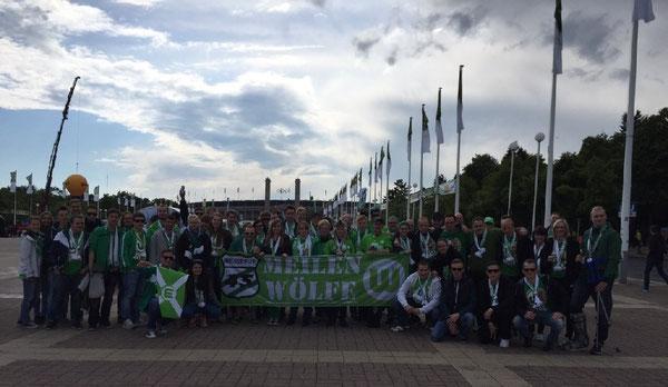 Die Mitfahrerinnen und die Mitfahrer der Wolfsburger Meilenwölfe zum Pokalfinale nach Berlin