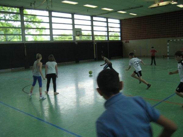 Der Fußball steht wieder im Mittelpunkt der Pausenliga