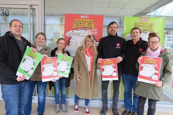 Daniel Schertel (von links), Tanja Bauer, Daniela Smolarczyk, Nina Mock, Arne Lieven, Manfred Wille, Saskia Arnds