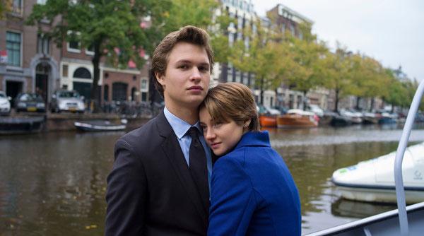 """Hazel e Augustus, protagonisti di """"colpa delle stelle"""" nel loro viaggio simbolo ad Amsterdam"""
