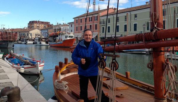 """Porto Canale di Cesenatico, presso la Chiesa di S. Giacomo:""""Vi farò diventare pescatori di uomini"""""""