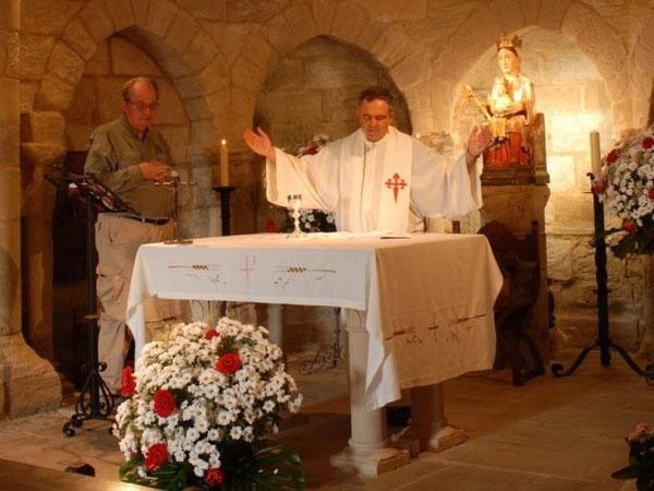 Santa Messa ad Eunate, terzo giorno del Cammino Francese, 'agosto 2008 - 10 anni fa