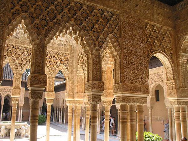 Alhambra di Granada. L'anima ha talvolta bisogno di qualcosa di veramente splendido ...