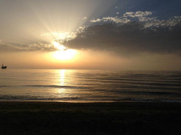 Alba sul mare Adriatico - Lunedì 29 Luglio 2013 S. Marta