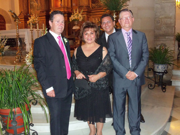 JUANDE ,SHARON,JOSE ,ANTONIO