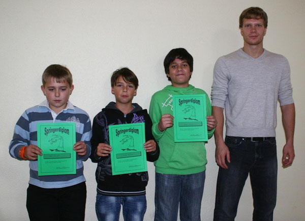 Kai Steinert, Lukas Grötzinger, Yahya Danisan und ihr Trainer Axel Schlippe