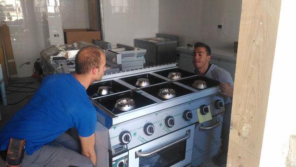 MONTAGGIO ATTREZZATURE RISTORAZIONE - Riparazione frigoriferi ...