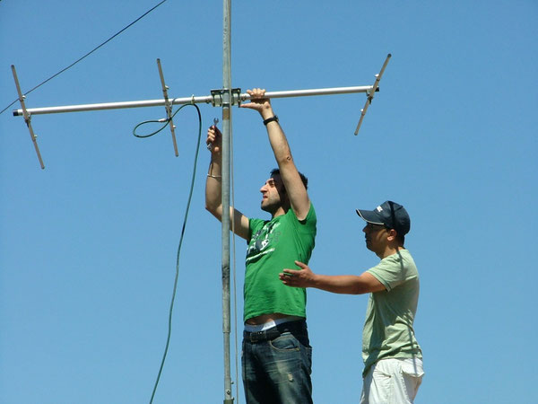Mont.antenna in Sez. 50mhz  IZ8PNU  IT9AKC
