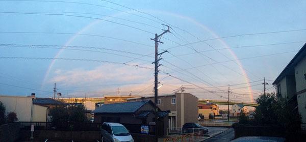 雨上がりの綺麗な虹(^^)/~~~