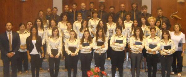 """Alcuni coristi del Coro Interparrocchiale """"S.M.V. Addolorata e S. Nicola"""" di Oppido Mamertina (RC) - Anno Litur. 2010/'11"""