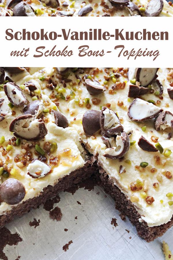 Einfacher Schoko-Blechkuchen mit Vanillecreme und als Topping Schoko Bons, Pistazien und Salted Caramel Krokant - schnell und ganz einfach zu machen, Thermomix