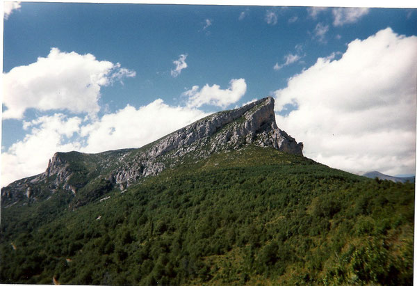 Le Castillo Mayor, sa face sud, 1994 m