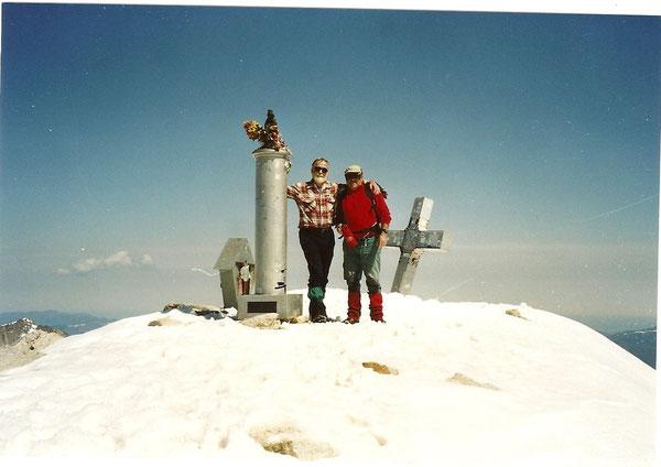 André et Georges, sur le toit des Pyrénées.