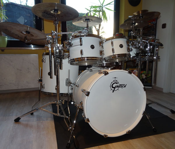 "Gretsch Renown Maple Snow White in 8""10""12""16""20""22"""