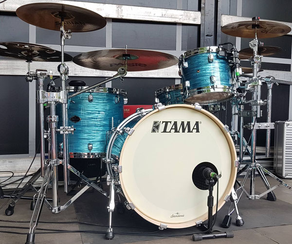 "Tama Starclassic Maple 20"" 10"" 10"" 14"" 14x5,5"" Snare in Turquoise Ripple Custom"