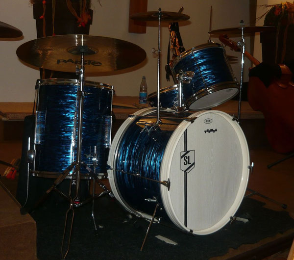 "Tromsa 70er Jahre 20"" 10"" 14"" & 13"" Snare in Blue Ripple"