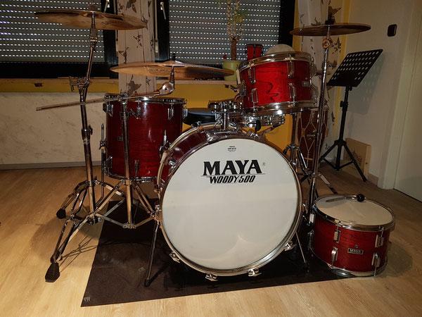 """Maya Pro Woody 500 12""""13""""16""""22"""" & 14"""" Snare Mitte 70er Jahre ... vermutlich Hoshino"""