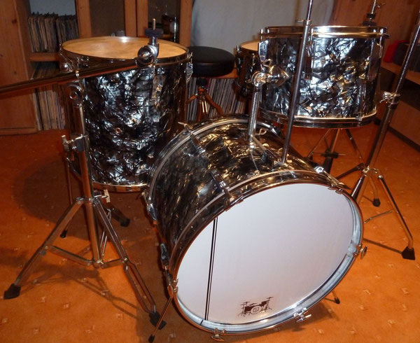 "Tromsa LUXUS Sept.1975 20""12""13""16"" & 14"" Metall-Snare in Grey Diamond Pearl"
