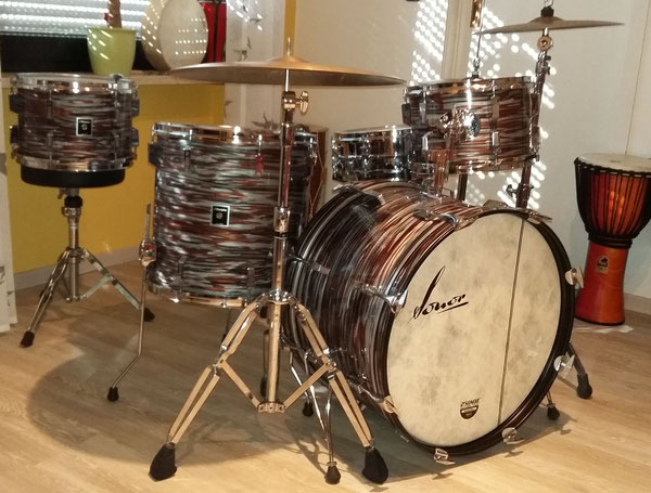 "Sonor Champion in Pink Oyster  22"" 12"" 13"" 16"" Baujahr: 10/1979"