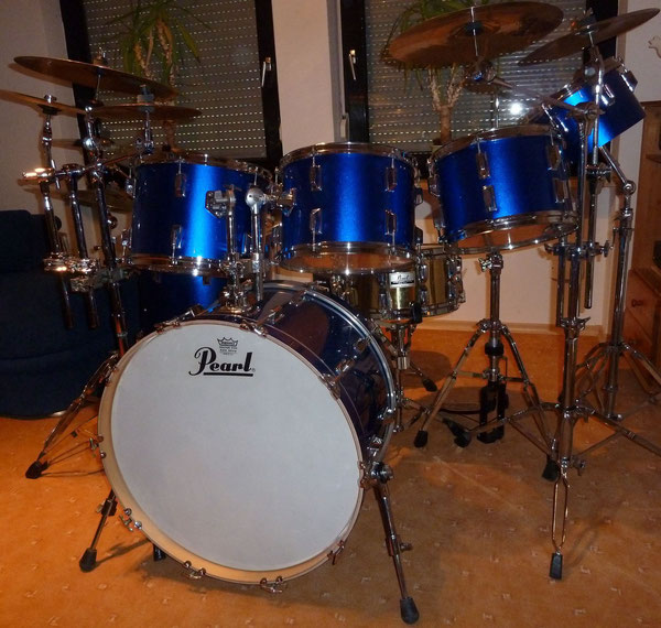 "Pearl Big Beat ca. 1975 8""&10"" Concert Toms 12""13""14""16""18""24"" in Metallic Blue"