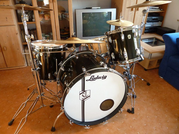 "Ludwig Classic Maple 1984 24"" 13"" 16"" rewrapped in Black Sparkle"