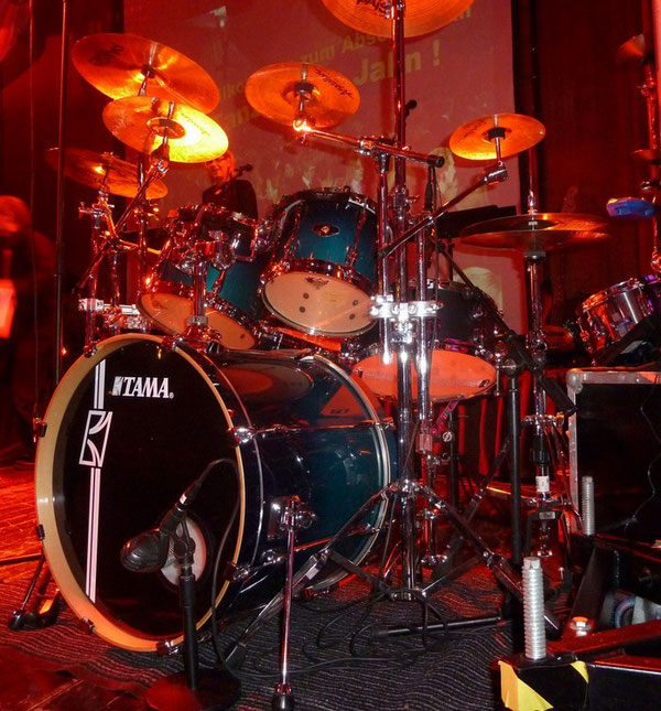 "Tama Superstar 22"" 8"" 10"" 12"" 14"" 16"" in Ocean Fade Blue"