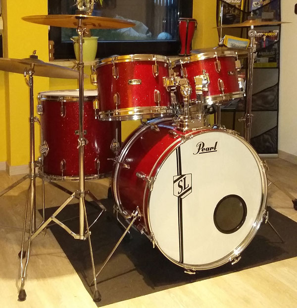 "Pearl Thunderking 1968/9 22""12""13""16"" & Snare in Sparkling Red Pearl mit 80's Hardware"