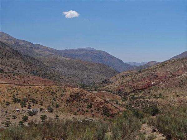 Aus der Ferne grüßt das Observatorium Tololo vom höchsten Berg, das wir aber nicht besichtigten durften...