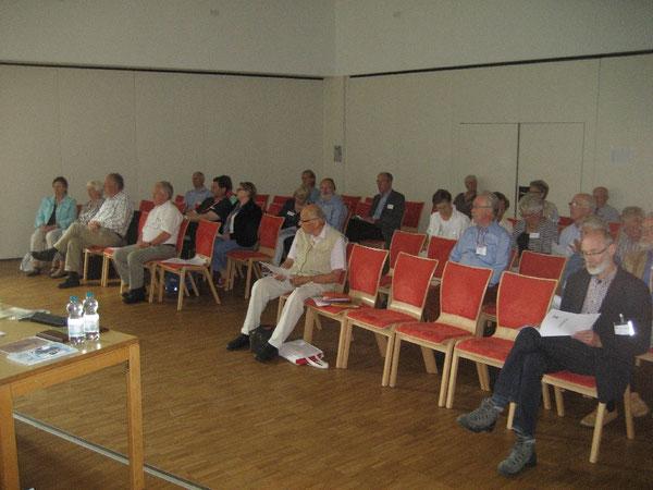 Teilnehmerinnen und Teilnehmer der Y's Men's Club-Konferenzen in Hamburg