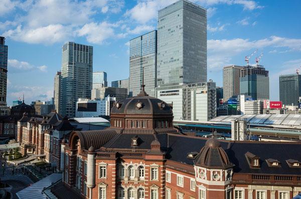 東京駅KITTE屋上からみた東京駅