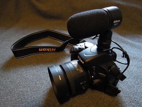 Nikon D5100, Nikkor AF-S DX 35mm 1:1,8G Objektiv, Nikon Gegenlichtblende HB-46, Nikon ME-1