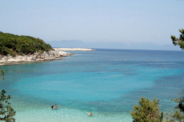 Emblisi Beach (Bild aus Google)