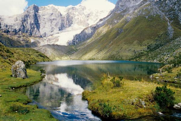 Laguna Siulá (Cordillera Huayhuash)
