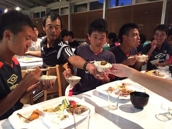 足利・両毛ユナイテッド、吉田さんに「ゴーヤの醤油漬け」をいただきました!美味しくてご飯がススみます!ごちそう様でした!