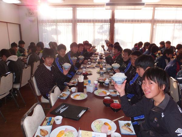 朝ご飯も山田盛りで!!