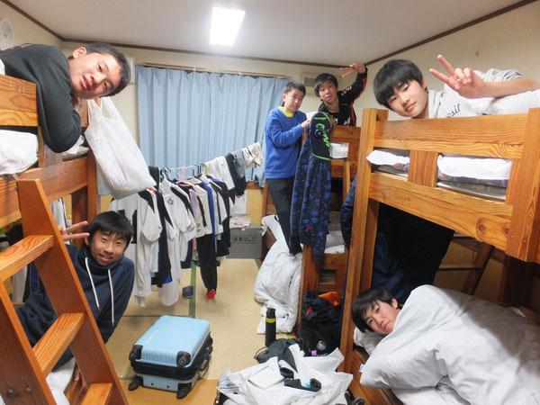 宿舎にて②