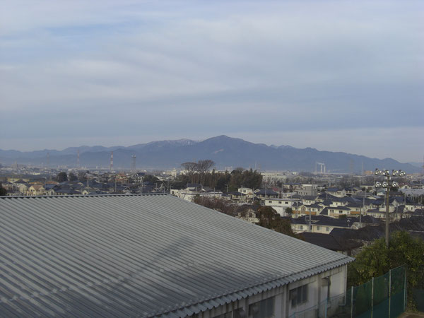 クラブハウスからの大山。頂上目指します!