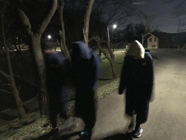 幽霊が彷徨っていました