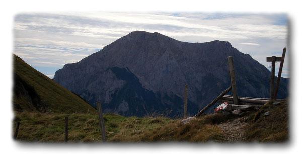 Gößeck 2214m von den Nordabstürzen des Stadelstein 2070m aus gesehen!
