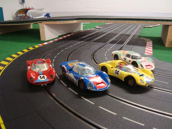CARRERA P906 und Ferrari Dino in 1:24