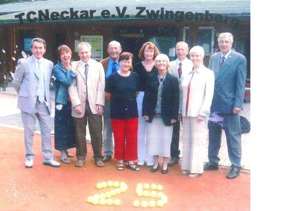 Vorstand beim 25-jährigen Jubiläum 2004