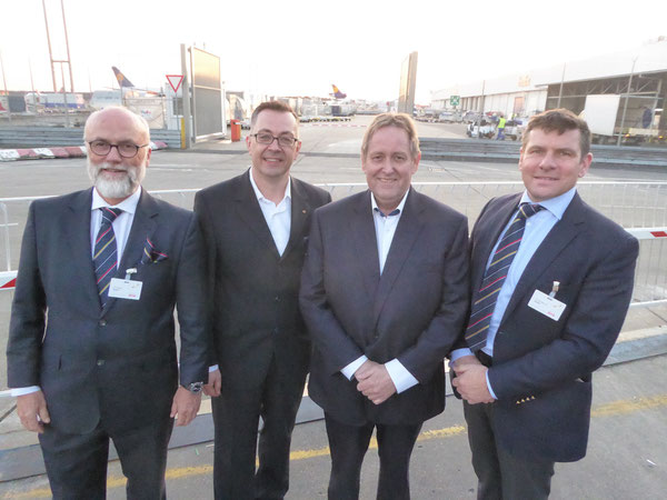Martin Gouda of Buck Consultants (third from left) flanked by ACD board members Christoph Papke (far left), Mathias Jakobi and Christopher Stoller (right end)