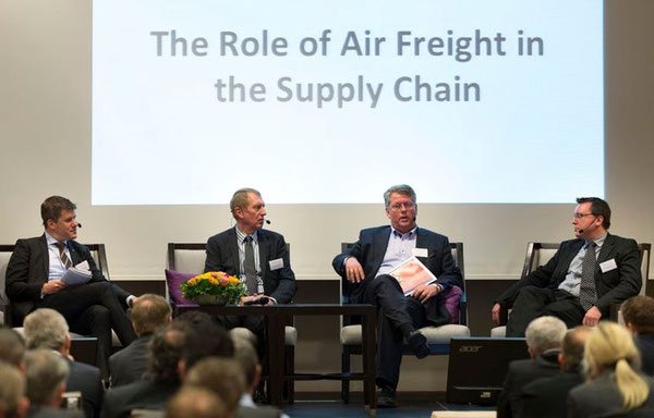 Discussed the role of air freight in the supply chain (l > r): Alexander Kohnen, Conference Chairman / Lars-Gunnar Svard, Volvo / Tom Mikkelsen, Marine Harvest / Claus Schroeder, Metso