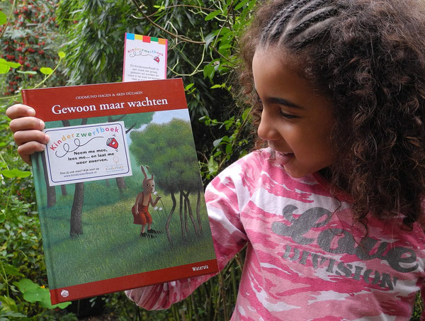 rosa laat kinderzwerfboek zien