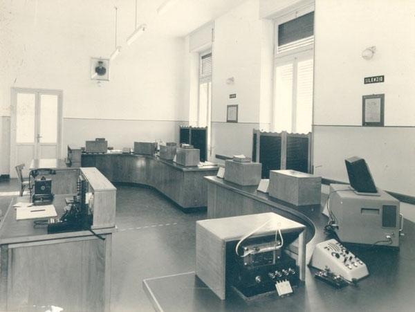 Sala ricezione di Genoa-Radio/ICB anno 1950 – ricevitore Allocchio-Bacchini