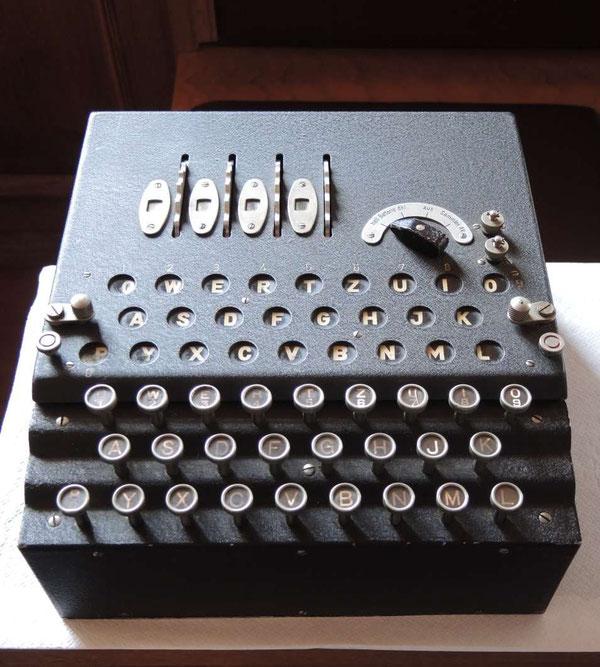 """L'Enigma """"a quattro rotori"""""""