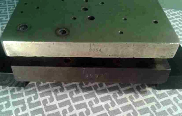 Foto delle basi sovrapposte (No.03 All brass su Prototipo) per le comparazioni.