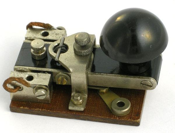 Tasto mod. YA1860 impiegato sul Fullerphone Mk 5